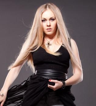 Alyosha,Alyosha фотосессия, 8 марта, певица Алеша, Alyosha фото