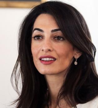 Амаль Клуни,Амаль Аламуддин,Амаль Аламуддин работа,Амаль Аламуддин преподаватель,Амаль и Джордж Клуни