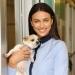Ирина Шейк,Ирина Шейк подарок,Ирина Шейк фото,Ирина Шейк с собаками,Ирина Шейк с собаками фото