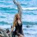 Бейонсе,Бейонсе фото,Бейонсе в купальнике,Бейонсе в бикини,Бейонсе на пляже,Джей-Зи,Джей-Зи и Бейонсе