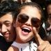 Селена Гомес,Селена Гомес фото,Селена Гомес с поклонниками,Селена Гомес фанаты,Селена Гомес стиль