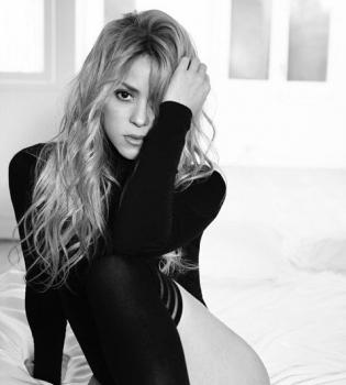 Шакира,Шакира фото,Шакира декольте,Шакира фигура,Шакира фотосессия