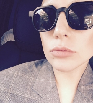Леди Гага,Леди Гага фото,Леди Гага готовит,Леди Гага инстаграм