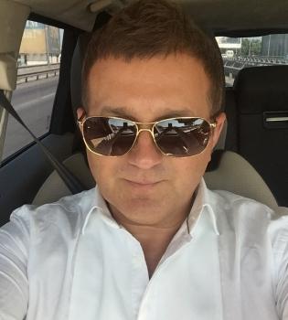 Юрий Горбунов, Юрий Горбунов и Катя Осадчая, Юрий Горбунов роман, Юрий Горбунов встречается с Катей Осадчей, Юрий Горбунов фото, сериал хозяйка