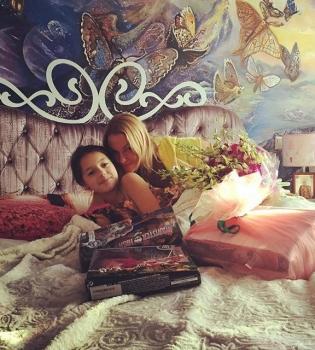 Анастасия Волочкова,Анастасия Волочкова дочь,Анастасия Волочкова фото,Анастасия Волочкова дочь фото