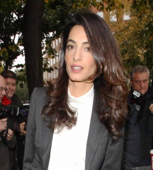 Амаль Клуни,Амаль Клуни фото,Амаль Клуни стиль,Амаль Аламуддин