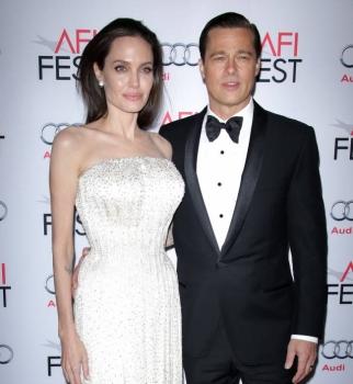 Анджелина Джоли,Анджелина Джоли фото,Брэд Питт,Брэд Питт фото,Анджелина Джоли и Брэд Питт,Анджелина Джоли и Брэд Питт фото,Лазурный берег