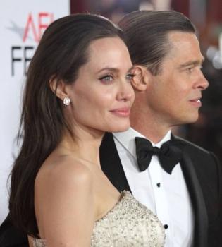 Анджелина Джоли,Анджелина Джоли фото,Брэд Питт,Брэд Питт фото,Анджелина Джоли и Брэд Питт,Анджелина Джоли и Брэд Питт фото