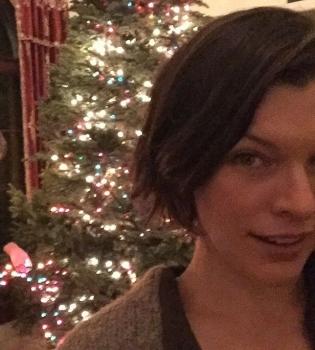 милла йовович, милла йовович инстарам, милла йовович дочь, милла йовович дочь фото, милла йовович фото, милла йовович новый год, милла йовович рождество