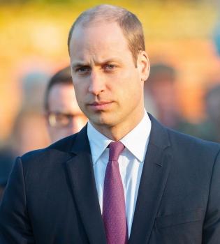 принц уильям, принц уильям фото, принц уильям пообедал в школе, принц уильям в школе, принц уильям в школьной столовой, принц уильям в школьной сотловой фото