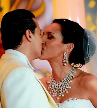 Алсу, Алсу муж, Алсу свадьба, Алсу муж фото, Алсу и ее муж, Алсу свадьба фото, Алсу дочь, Алсу вышла замуж, Алсу и Ян Абрамов, Алсу и ее муж фото