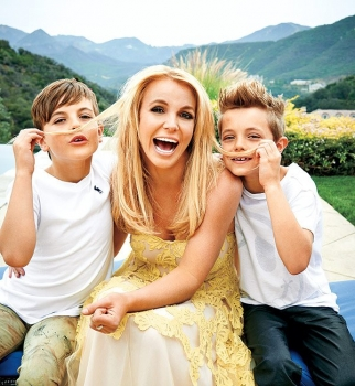 бритни спирс фото с детьми 2016