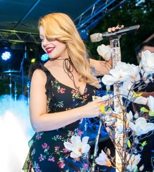 Тина Кароль, Маша Ефросинина, бал цветов, Тина Кароль фото, Маша Ефросинина фото