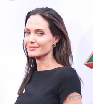 Анджелина Джоли,Анджелина Джоли фото,Анджелина Джоли дети