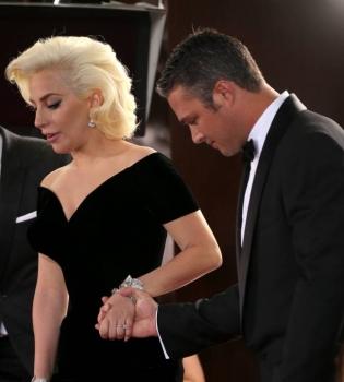 Леди Гага,Леди Гага фото,Леди Гага бойфренд,Леди Гага и Тэйлор Кинни,Тэйлор Кинни,Леди Гага и Тэйлор Кинни расстались