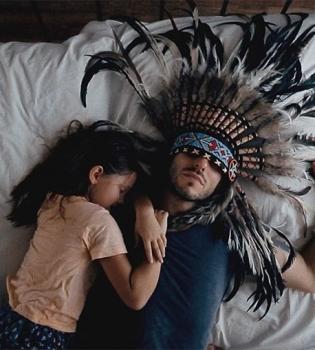 SunSay, SunSay клип, SunSay видео, SunSay дочь, SunSay Love Manifest, SunSay евровидение, Андрей Запорожец