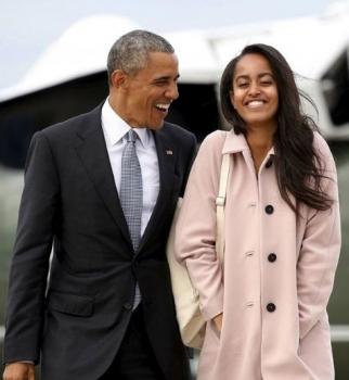Барак Обама,Барак Обама фото,Малия Обама,Малия Обама фото,Малия Обама курит