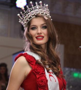 анна заячковская, мисс украина 2013, мисс украина 2013 ушла от мужа, анна заячковская муж, мисс украина 2013 скандал