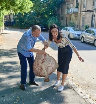 Савва Либкин, Людмила Барбир, Еда в большом городе, рецепт камбалы