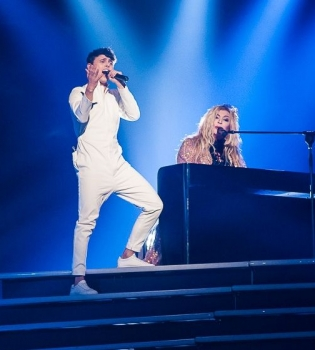 Ирина Билык, Alekseev, M1 Music Awards 2016
