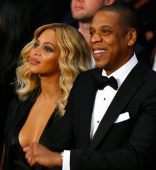 По-богатому: Бейонсе и Джей Зи купили новорожденной двойне пустышки за 2,5 миллиона долларов