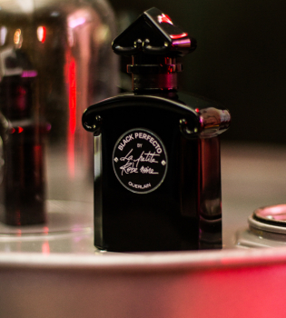 guerlain, La Petite Robe Noire Black Perfecto, герлен новый аромат, презентация La Petite Robe Noire Black Perfecto