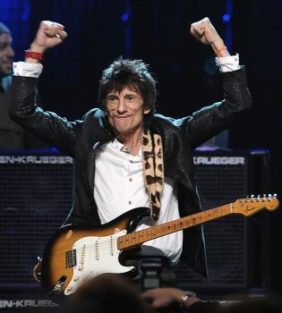 Неожиданное признание: Ронни Вуд из The Rolling Stones победил рак легких