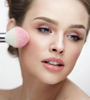 макияж, как подготовить кожу к нанесению макияжа, как подготовить кожу к макияжу, NIVEA, Make up Expert NIVEA