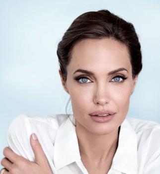 Анджелина Джоли, Анджелина Джоли пластика, Анджелина Джоли фото, Анджелина Джоли пластическая операция, Анджелина Джоли старая, Анджелина Джоли морщины, Анджелина Джоли фото