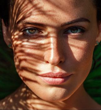 Новая грань красоты: Даша Астафьева снялась в чувственном видео