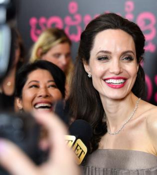 Анджелина Джоли, Анджелина Джоли Оскар, Оскар 2017, Анджелина Джоли новый фильм, Анджелина Джоли фильм 2017, Анджелина Джоли фото, Анджелина Джоли Сначала они убили моего отца, Сначала они убили моего отца