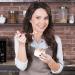 Лилия Подкопаева, Лилия Подкопаева рецепт, Лилия Подкопаева любимые блюда, Лилия Подкопаева семья, готовим со звездой, звездный рецепт, рецепт йогурта, рецепт домашнего йогурта, домашний йогурт, как сделать домашний йогурт, микроволновка LG
