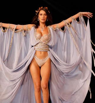 белла хадид, белла хадид грудь, белла хадид фигура, белла хадид Victoria's Secret-2017, Victoria's Secret-2017