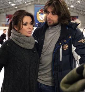 Анастасия Заворотнюк влезла в долги размером почти в один миллион долларов