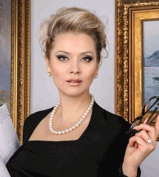 Лена Ленина