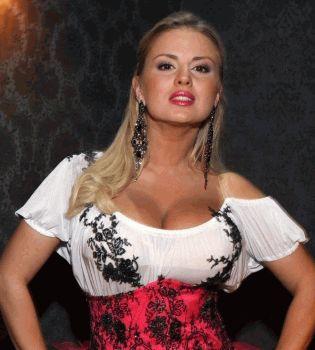 Анна Семенович,без макияжа