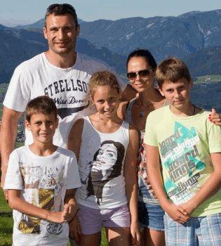 Виталий Кличко,фото Виталий Кличко,Виталий Кличко фото,Виталий Кличко семья,Виталий Кличко дети