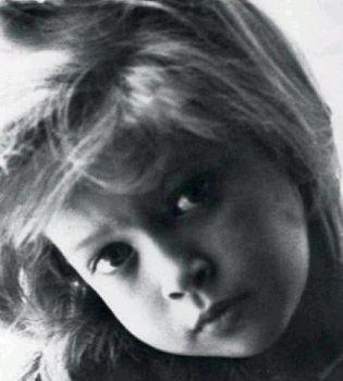 детские фото звезд,фото звезд,школьные фото звезд,Вера Брежнева,Глюкоза,Соломия Витвицкая,Алина Гросу