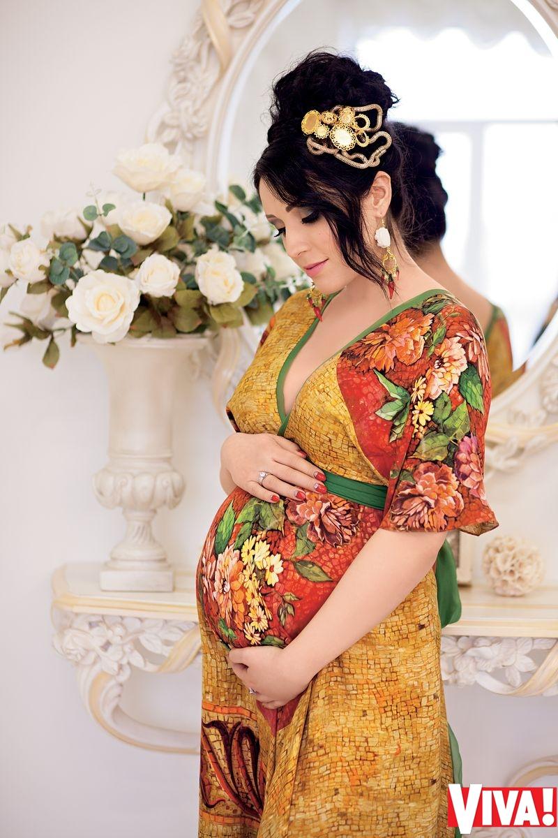 беременная Ангелина Завальская