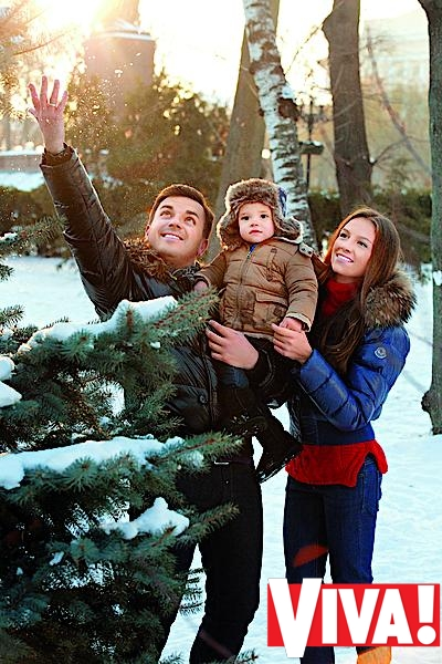 Григорий Решетник с женой Кристиной и сыном Иваном