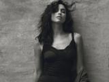 Роскошная Ирина Шейк снялась в невероятной фотосессии для Harper's Bazaar