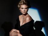 Не отвести глаз: сексуальная Кейт Аптон позирует для Harper's Bazaar