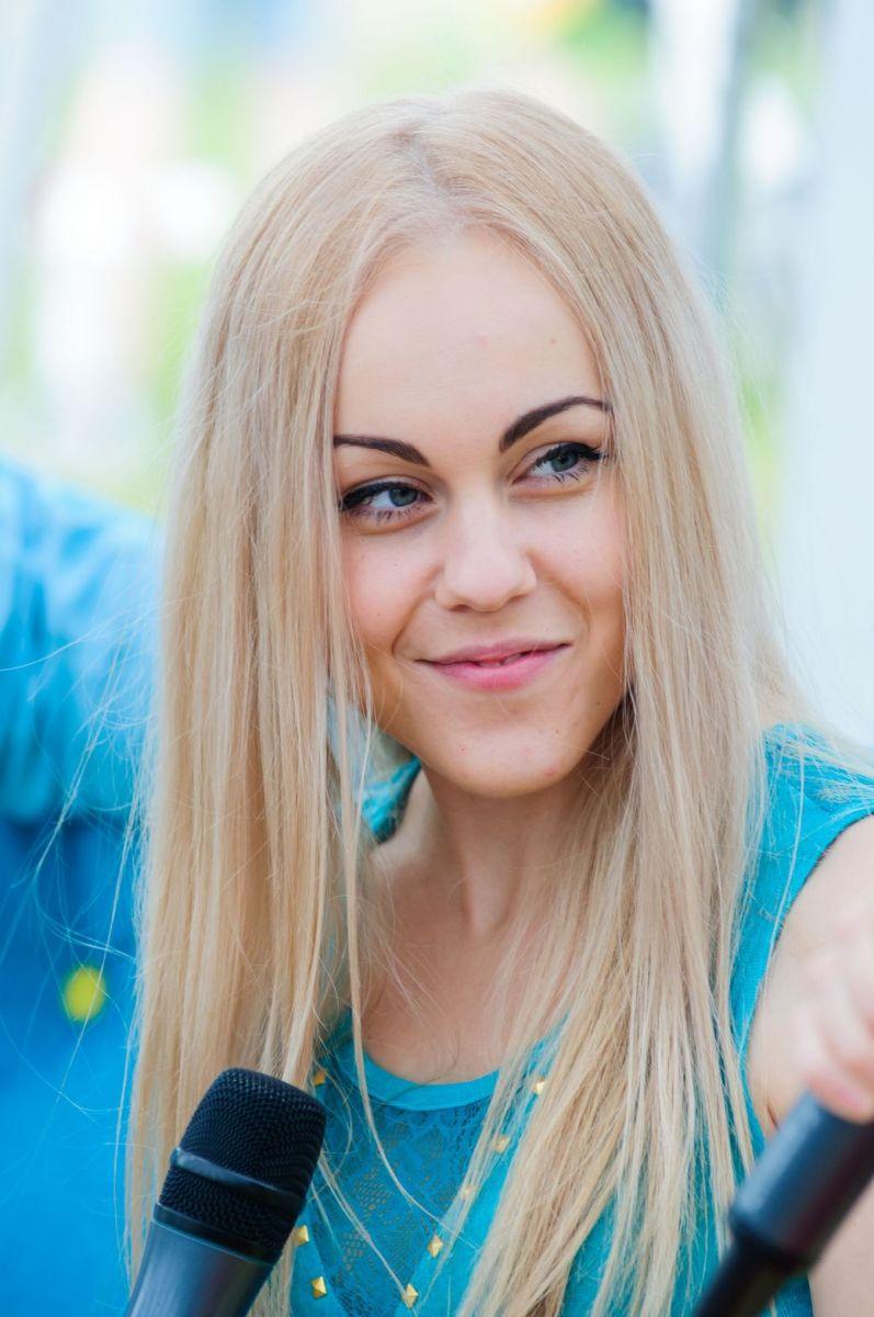 Alyosha без макияжа