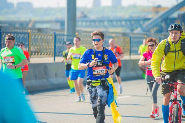 Анатолий Анатолич пробежал 21 км