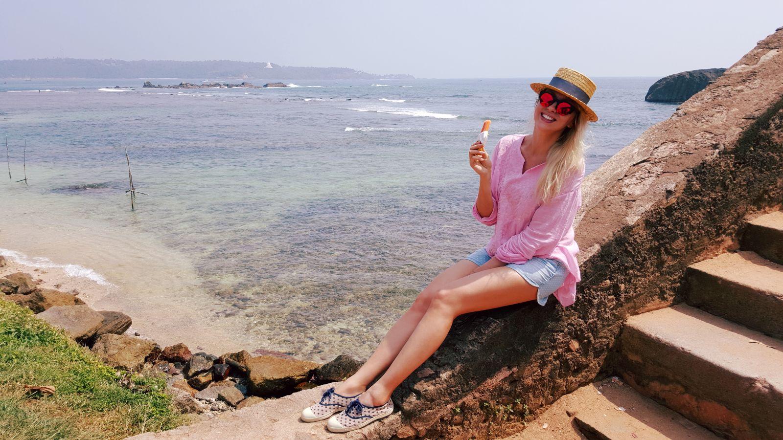 Оля Полякова отпраздновала день рождения в бикини на Шри-Ланке