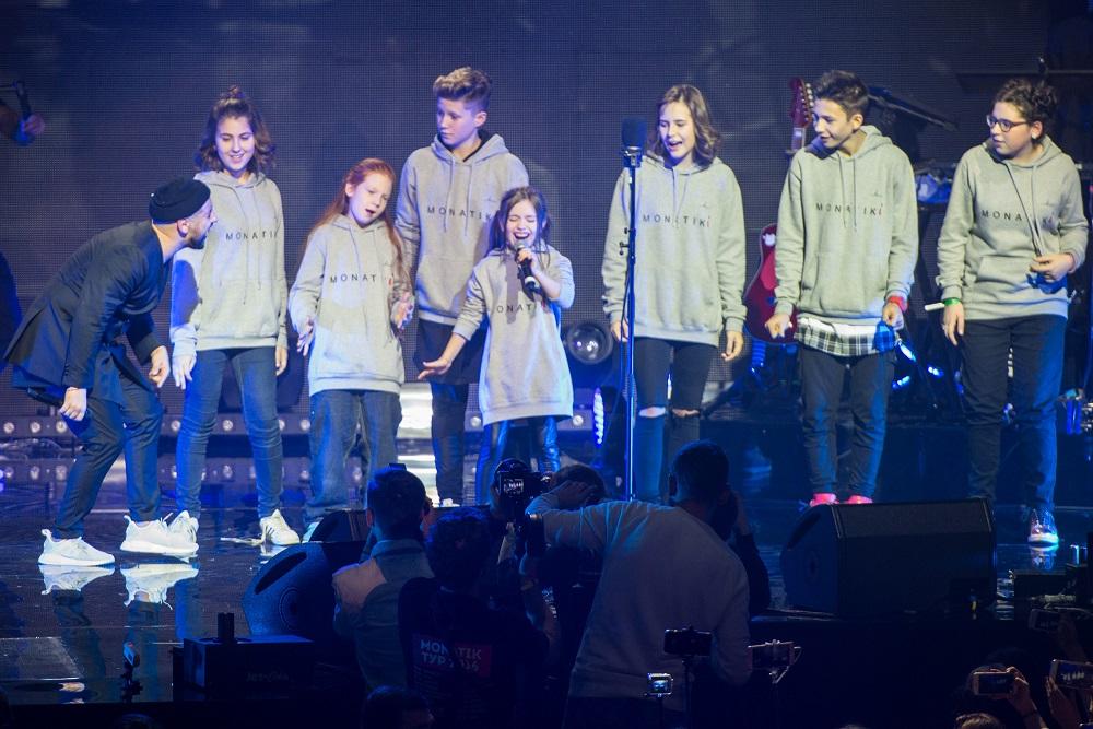 Monatik собрал всех своих детей на сольном концерте в Киеве