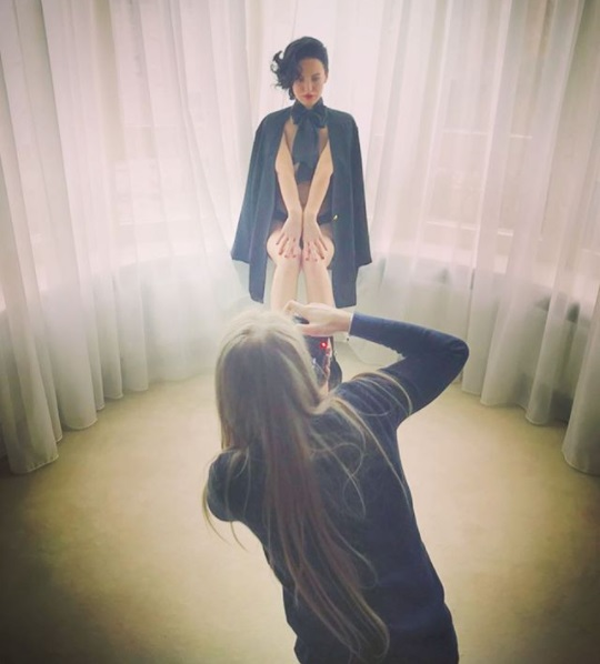 Даша Астафьева обескуражила поклонников сверхоткровенными фото в стиле ню
