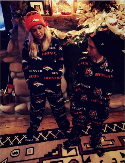 Банда в пижамах: Кейт Хадсон опубликовала забавное фото с сыном