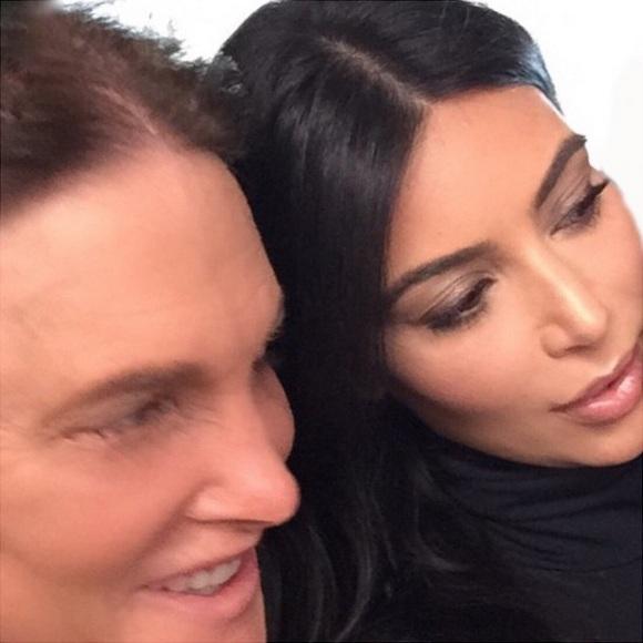 Ким Кардашьян показала трогательные фото с Брюсом Дженнером