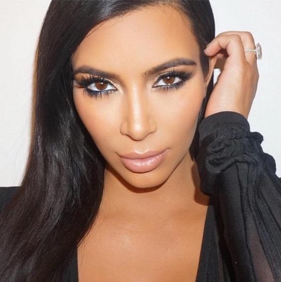 Неожиданно: Ким Кардашьян шокировала поклонников, рассказав о своей вредной привычке